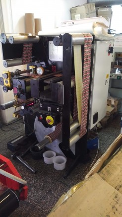 VSI 330 Label inspection machine Slitter and rewinder